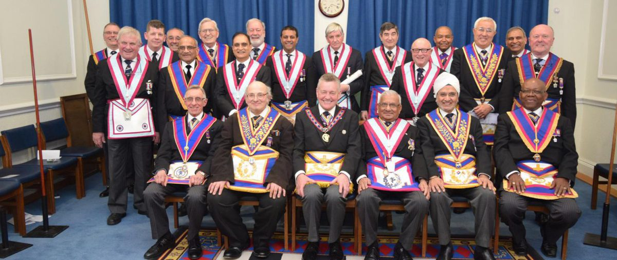 APGM Henry Hobson and Delegation very well received and entertained at Mahajan Lodge 14 March 2016