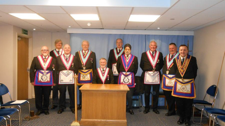 APGM W. Bro. Henry Hobson's visit to Pickwick Lodge 28th. October 2014