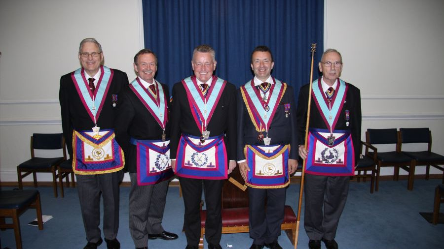London Provincial Grand Stewards Lodge members give assistance in an Advancement Ceremony (Click here to open)