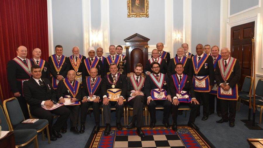 APGM W. Bro. Cliff Sturt pays a visit to Mapesbury Lodge on the 7th  September.