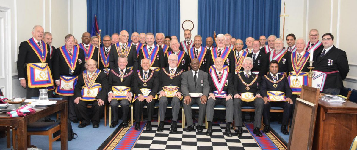 PGM RW Bro David Ashbolt, with a Full Team of Delegates, visits Carnarvon Lodge of Mark Masters No. 7